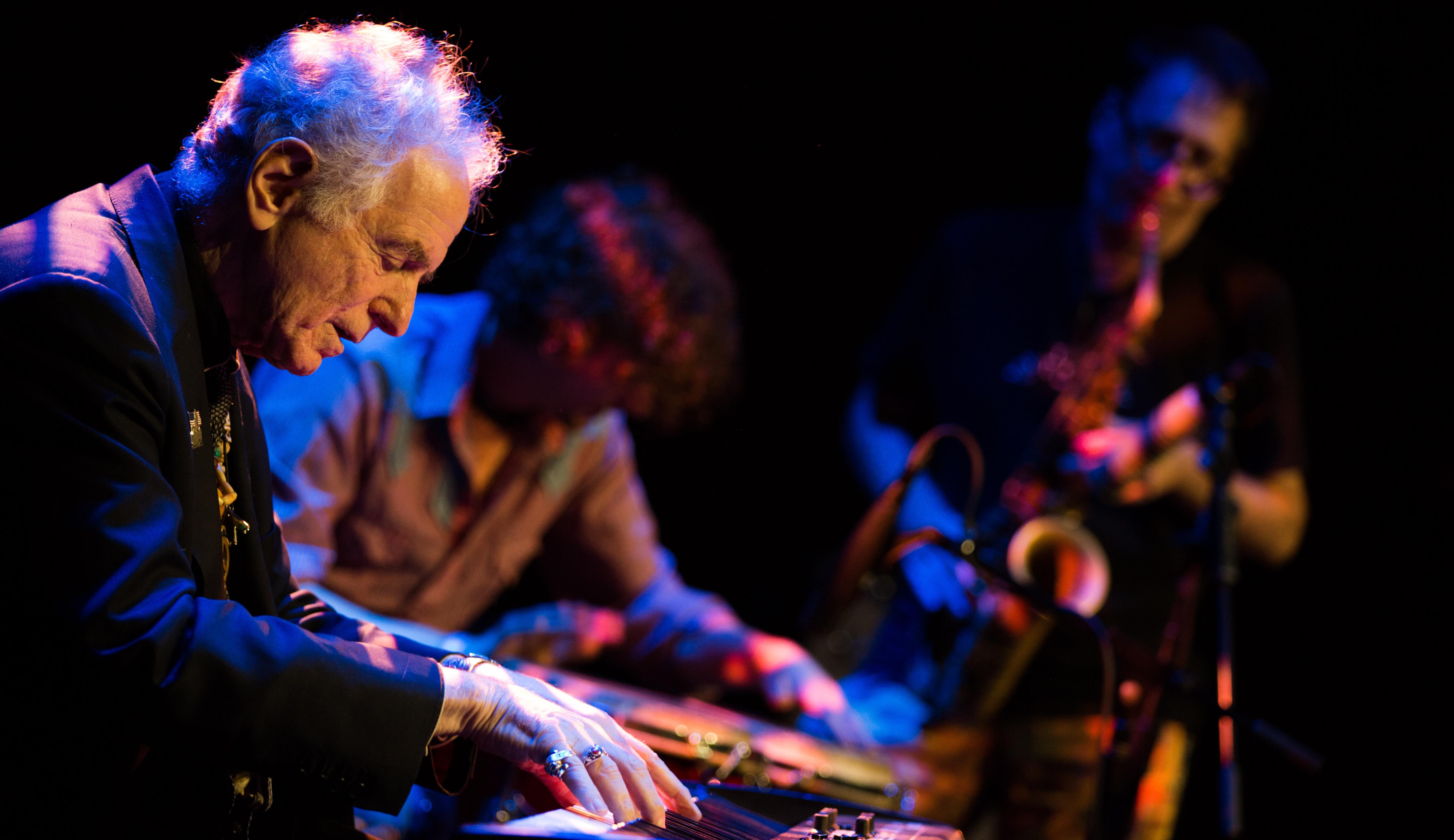 David Amram - Jazz-folk-world music pioneer (2012) 2.2MB